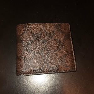 COACH double bill wallet NWT mens